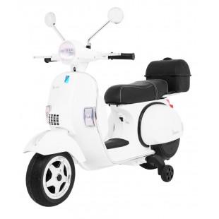 Elektrická motorka Vespa - biela