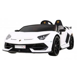 Driftovacie Lamborghini Aventador SVJ - biela